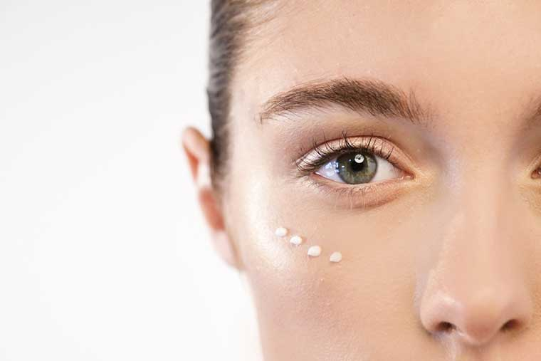 10 Step Korean Skin Care Routine | Eye Cream