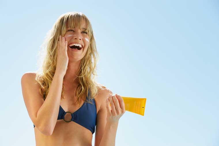 10 Step Korean Skin Care Routine | Sunscreen