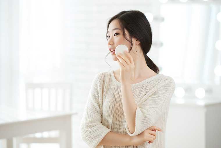 10 Step Korean Skin Care Routine   Toner
