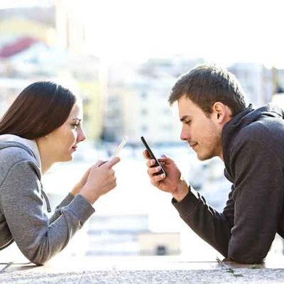 8 Serious Communication Problems In A Relationship (+How To Fix Them)
