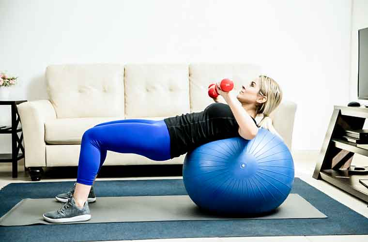 Exercises to lift the Breast with Equipment